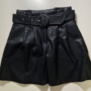 ✨HOST PICK✨ Zara faux-leather skirt with belt